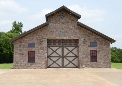 HWY 4 Horse Barn